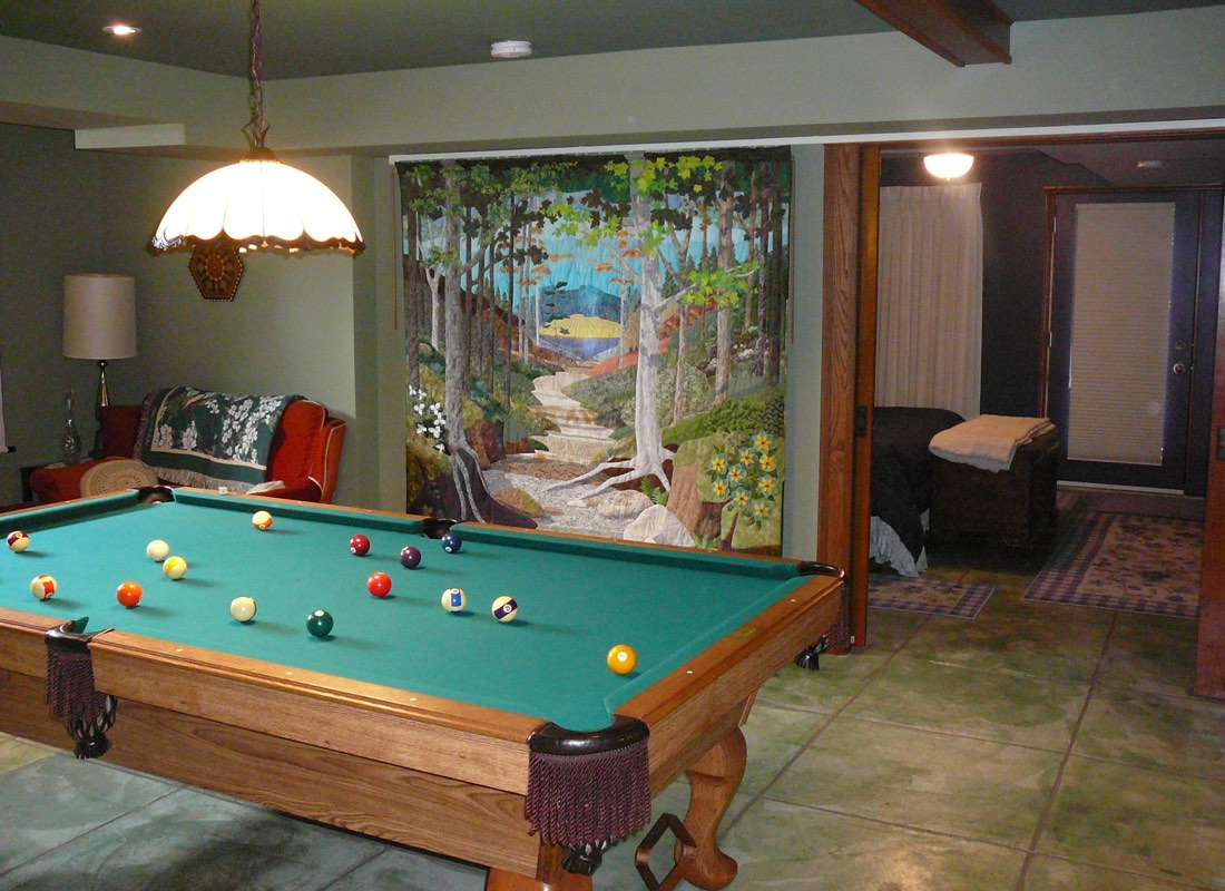B&B Private Suite Games & Entertainment Room